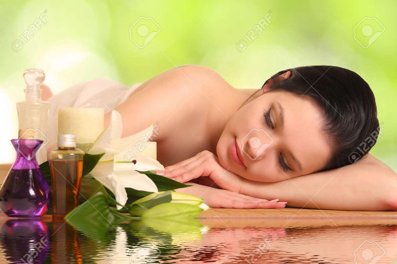 beautiful woman relaxing in spa Stock Photo - 16444164