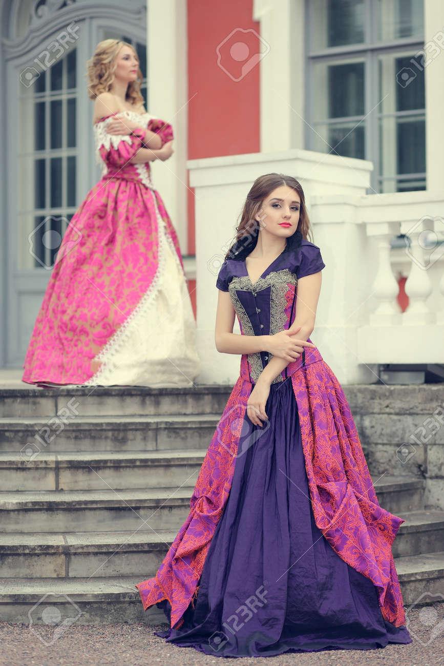 Perfecto Vestidos De Boda Con Las Mangas Clásicas Ornamento ...