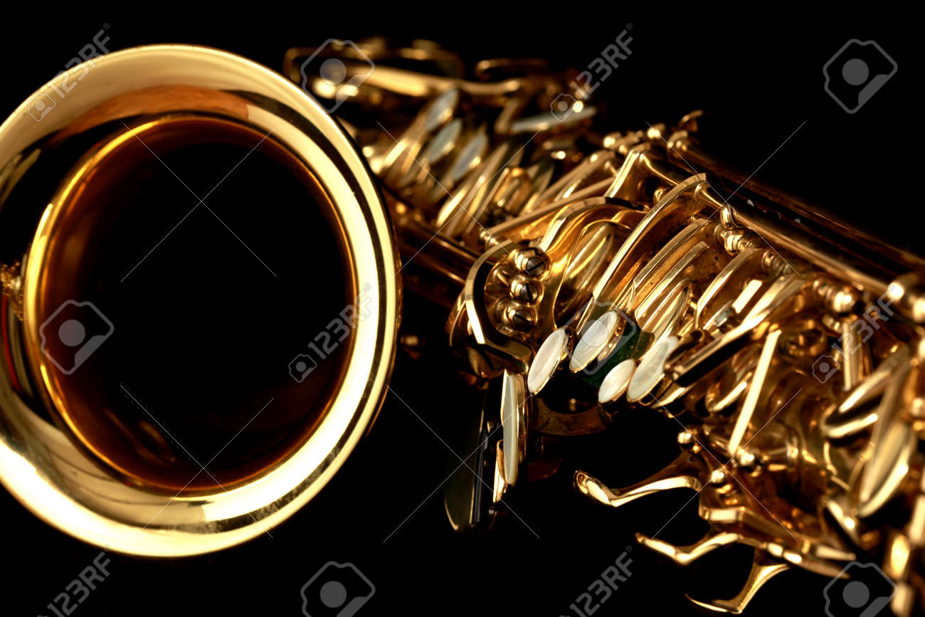 close up gold alto saxophone on black background Stock Photo - 4537749