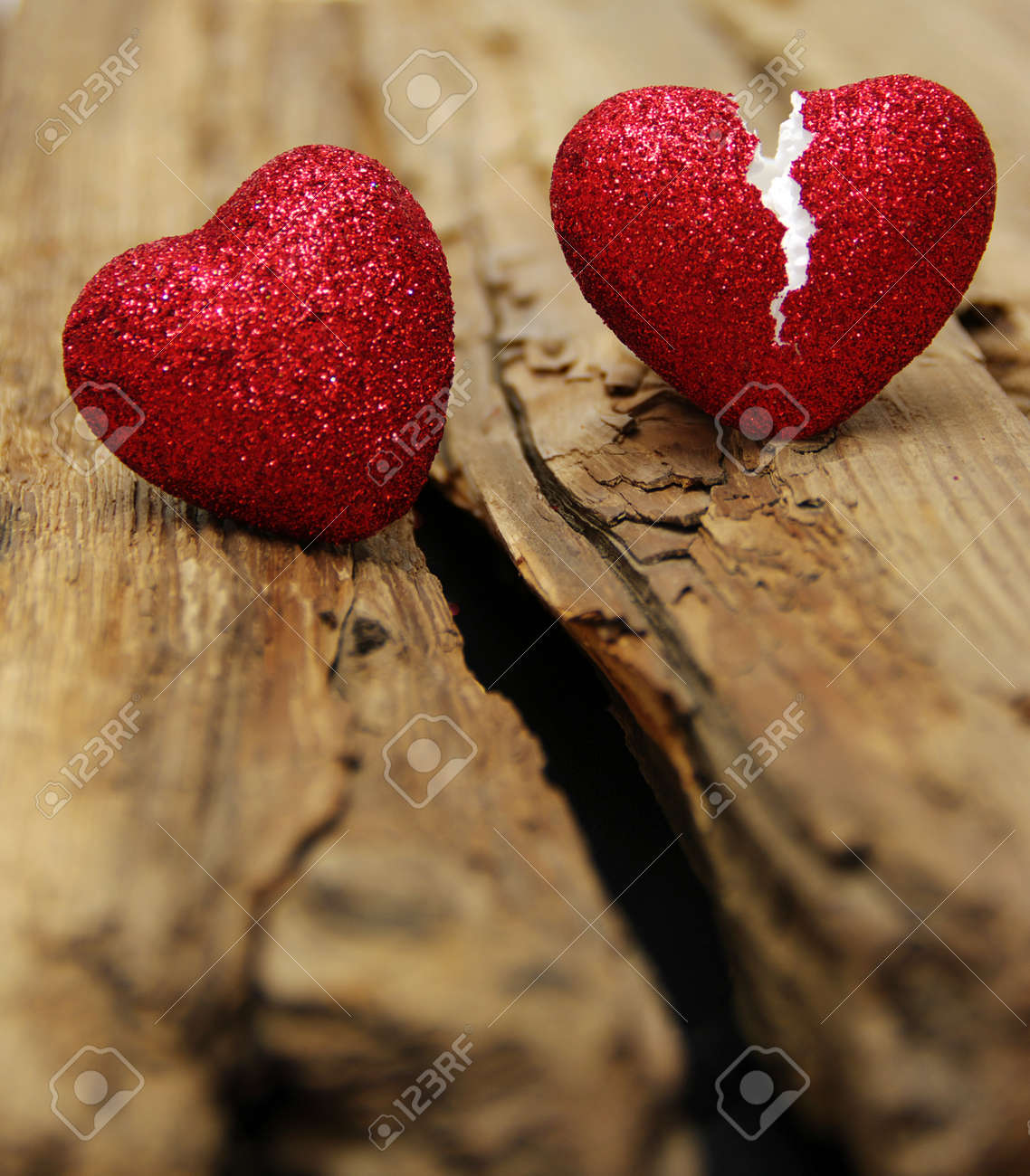 love concept. Broken heart cheating. love the end Banque d'images - 26177111