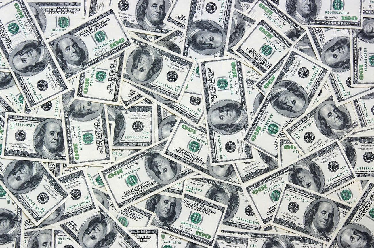 heap of dollars, money background Banque d'images - 27107863