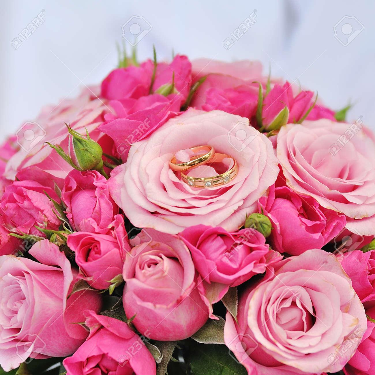 Hochzeitsblumen Brautblumenstraussnahaufnahme Dekoration Aus Rosen