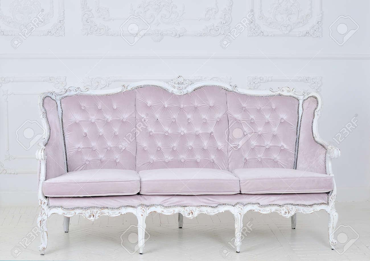 Modern corner sofa interior pillow style