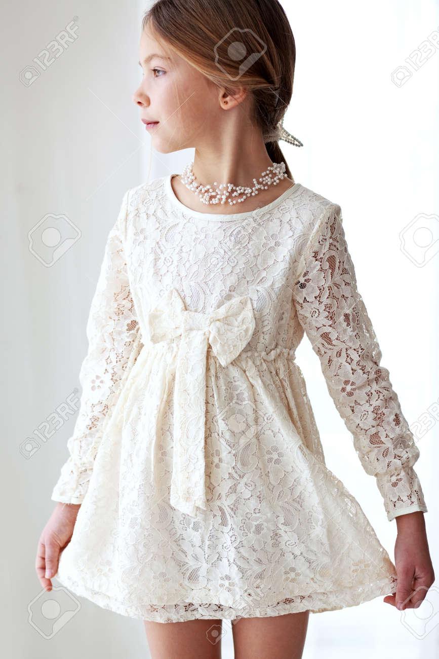 Que Vestido Tonos Marfil Manera 7 De Años Edad Encaje Modelo Pastel Con pzMVSU