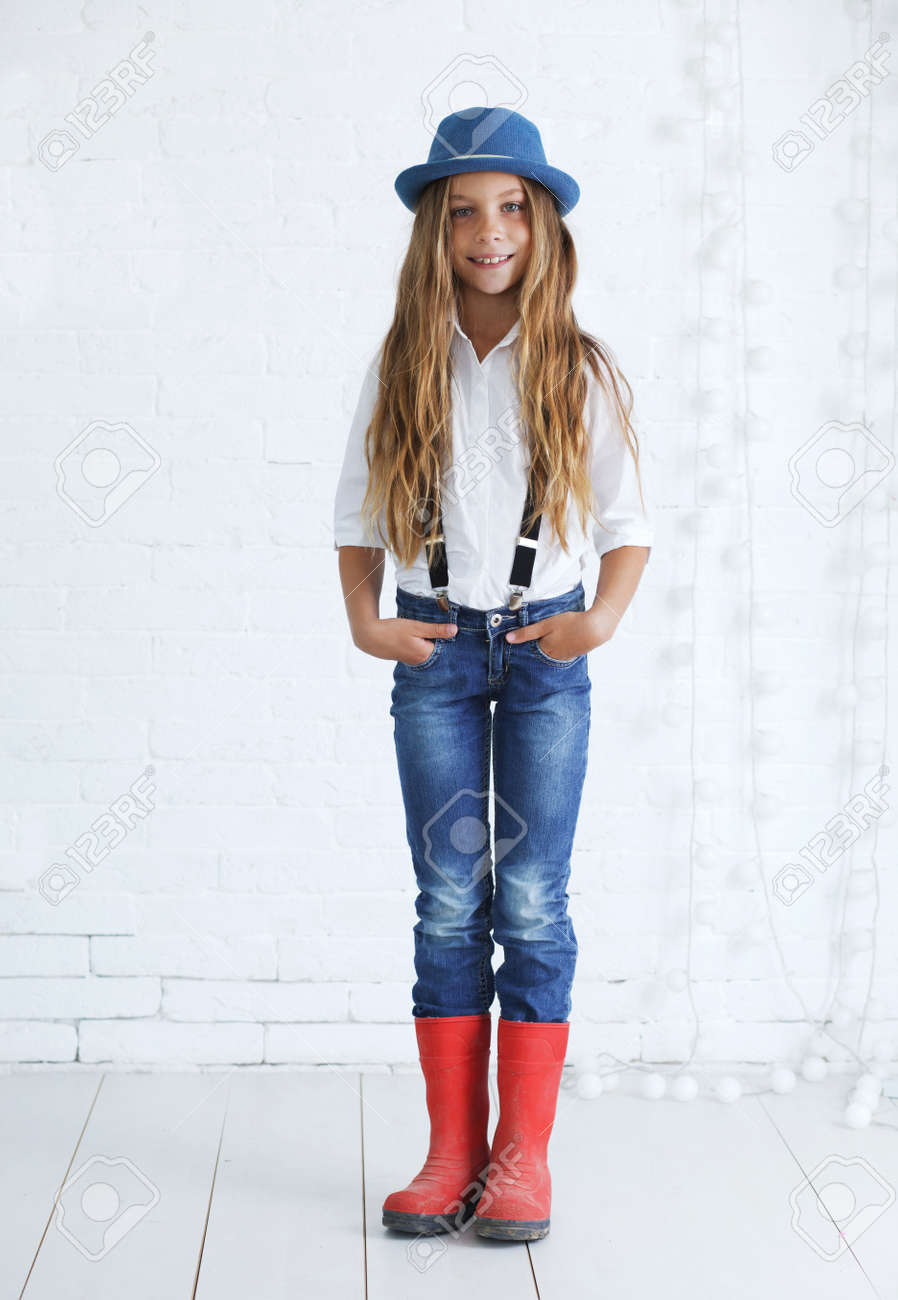 fc52fd7f3415 Cute Teenage Girl 8-9 Years Old Wearing Trendy Hipster Clothes ...