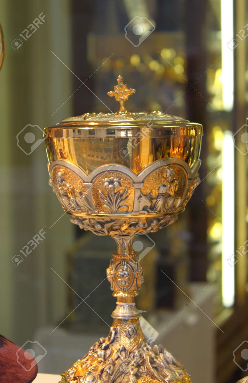 Holy chalice Stock Photo - 7144943