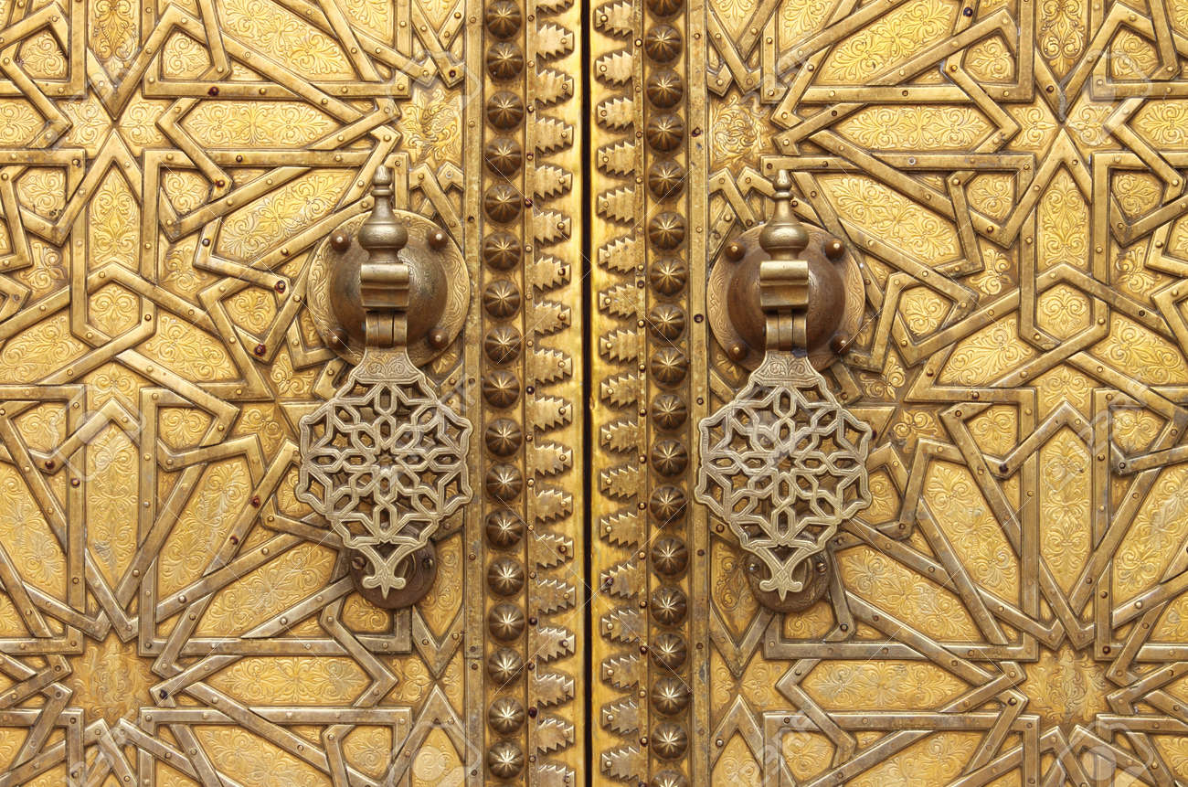 The golden door knockers of the Royal Palace in Fes Morocco Stock Photo - 20668203 & The Golden Door Knockers Of The Royal Palace In Fes Morocco Stock ...