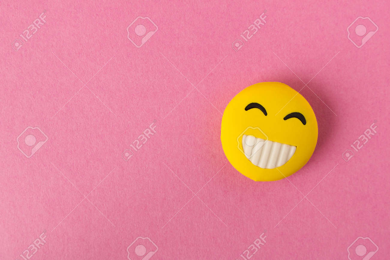 CANDY: Empty smiley