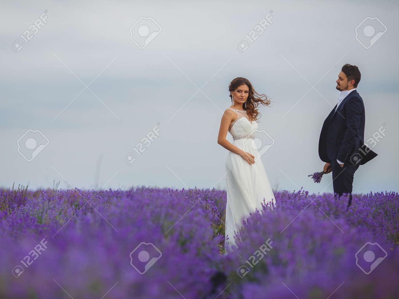 Beautiful Vestidos De Novia Jesus Del Pozo Frieze - All Wedding ...