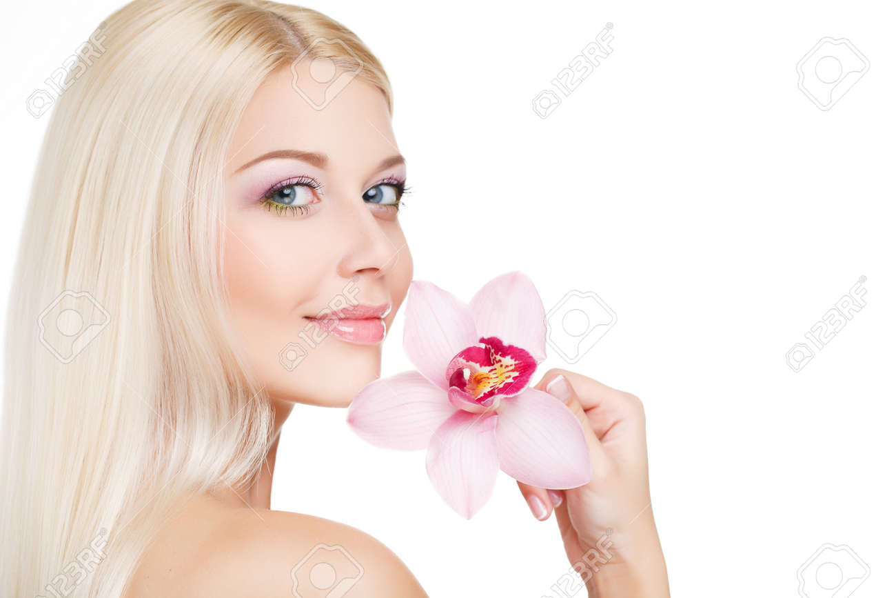 Blue eyed blonde with long straight hair beautiful makeup bare blue eyed blonde with long straight hair beautiful makeup bare shoulders and beautiful izmirmasajfo