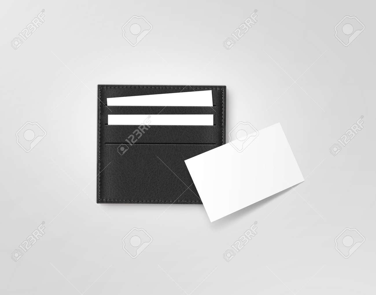Cuir Noir Titulaire De La Carte Dappel Avec Une Blanche Vierge Maquette Isole Sur Gris Les Cartes Visite Appelant Manches