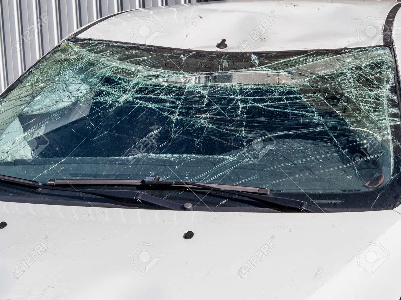 Car with broken windshield - 140458724