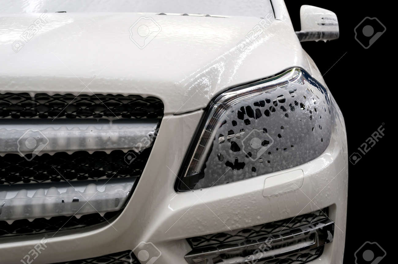 Car wash with soap. - 35758354