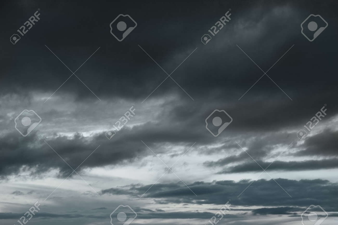 Background of storm clouds before a thunder-storm Stock Photo - 17008162