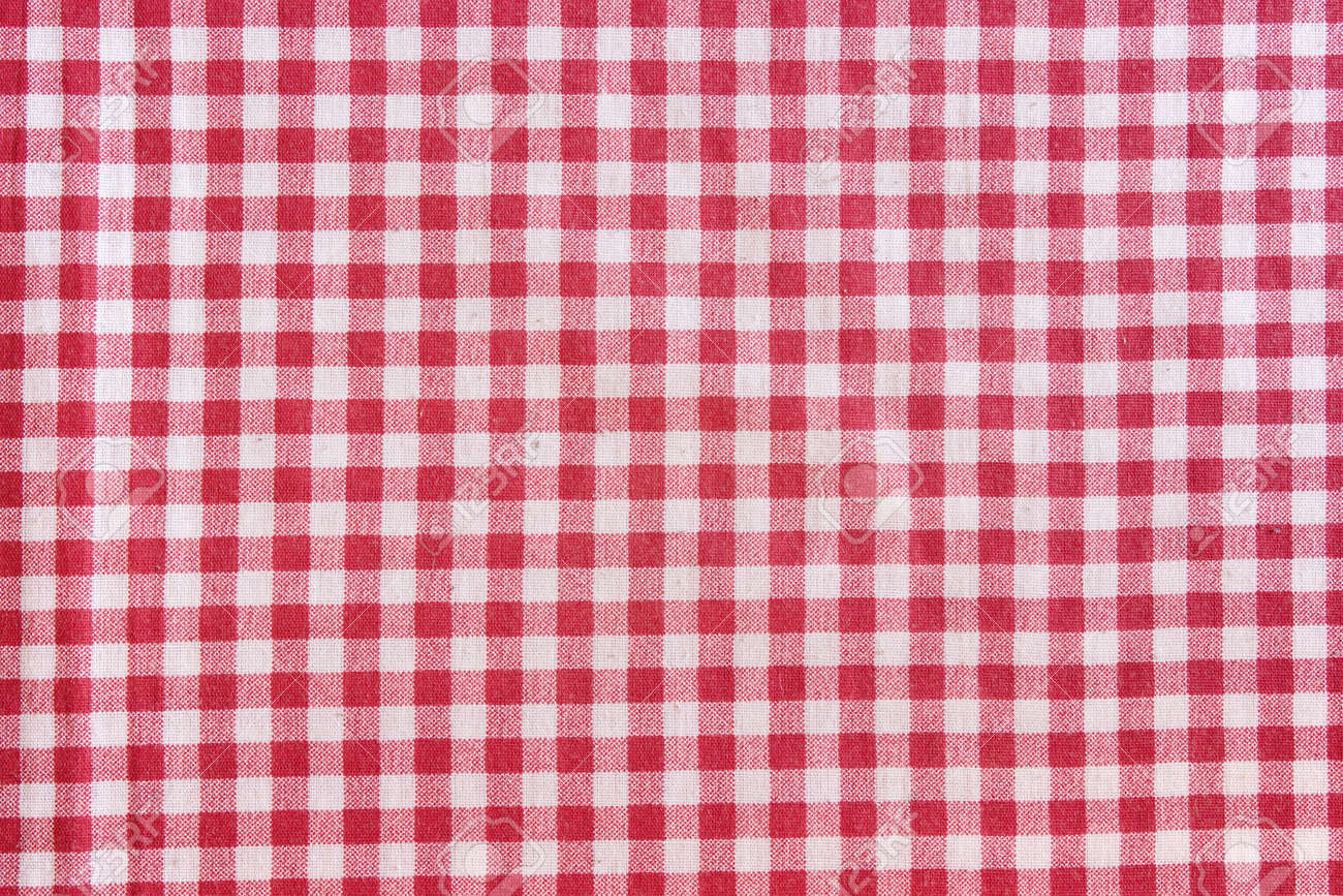 Charmant Red Picnic Tablecloth Background. Red And White Checkered Fabric Texture.  Stock Photo   48200330