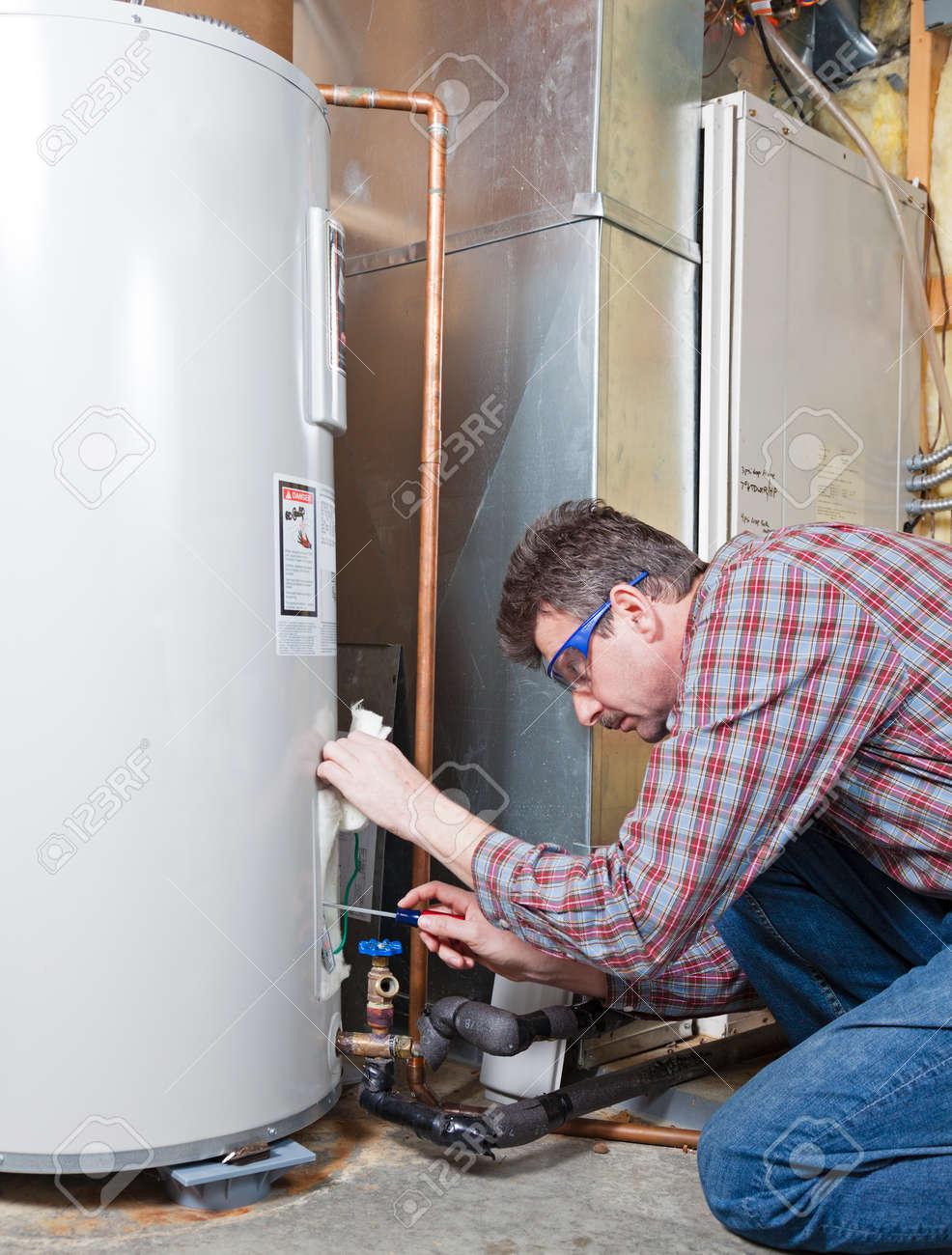 Water heater maintenance by the technician - 20145114