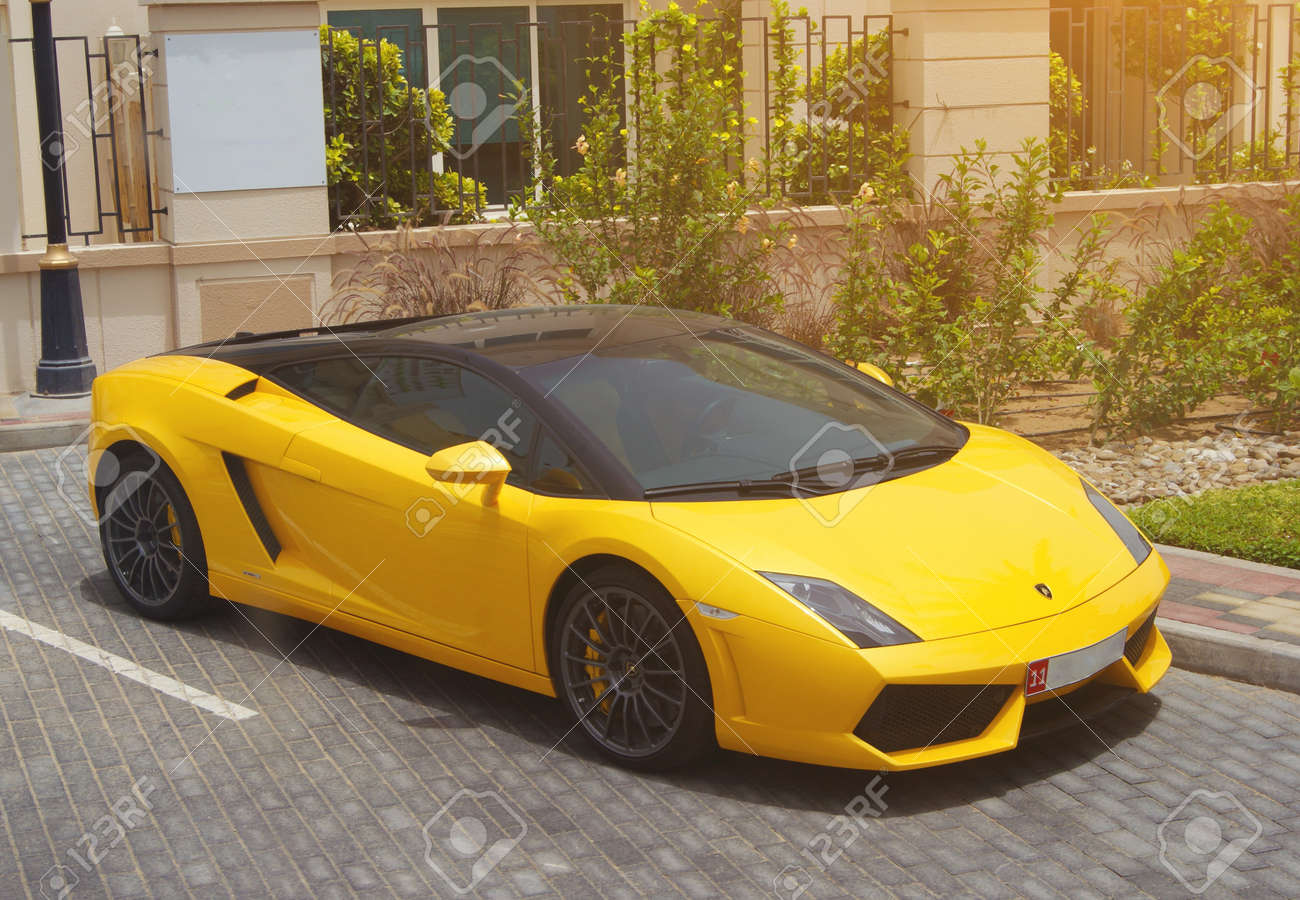 dubai, uae, novemner 1, 2017: yellow lamborghini gallardo. stock