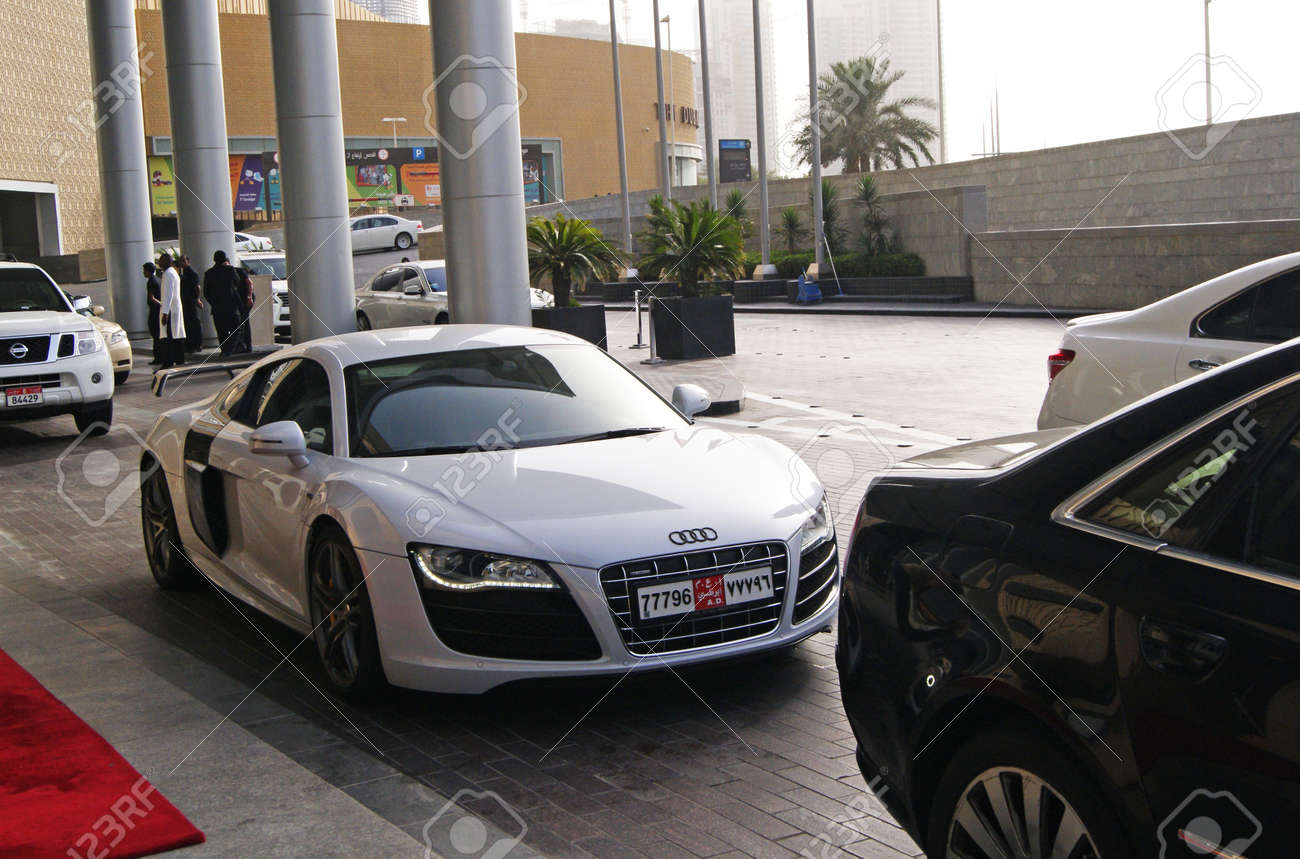 Woodland Hills Ca Usa July 5 2015 Audi R8 Coupe Car On