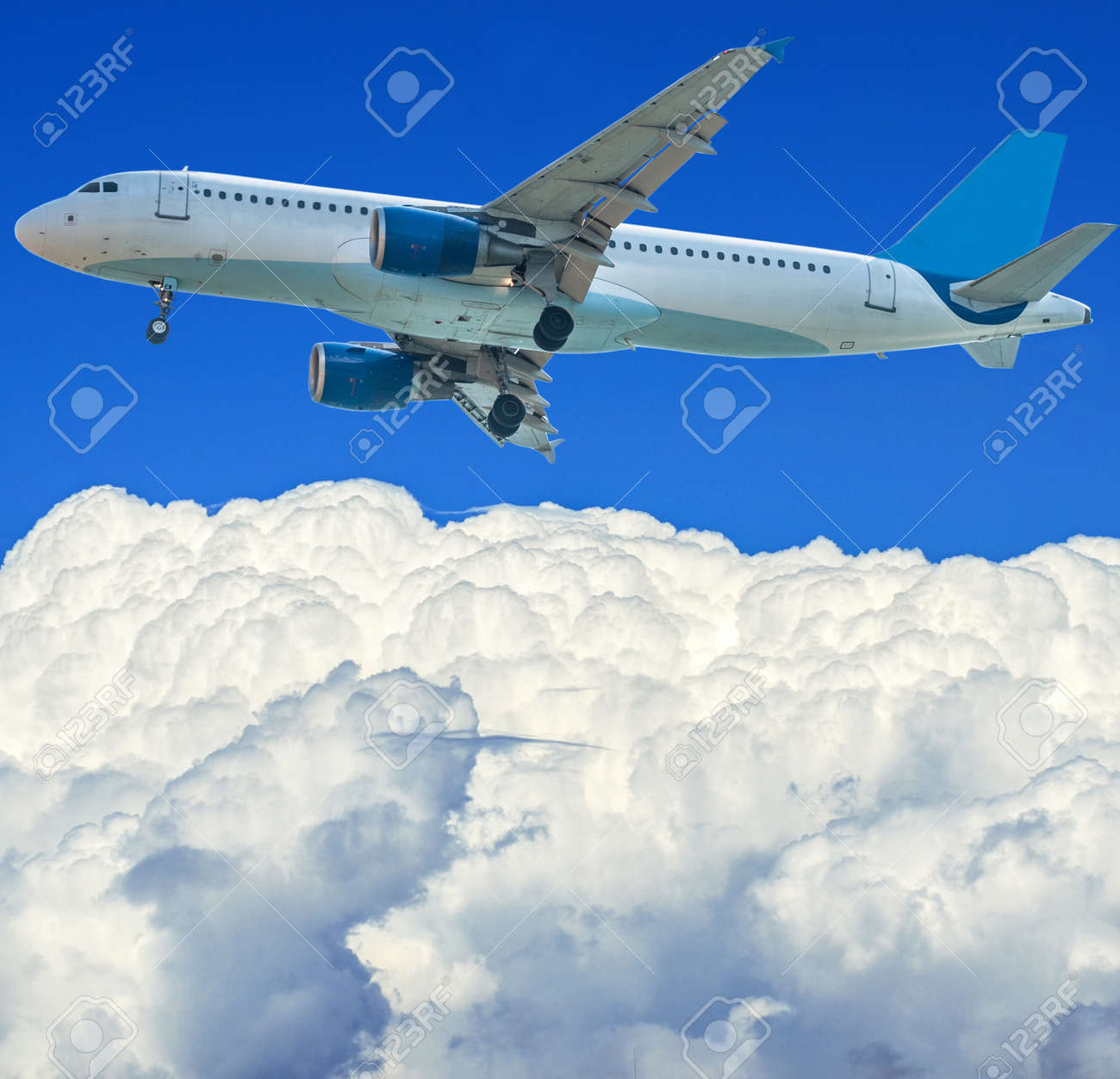 Airplane in the sky Stock Photo - 15686486