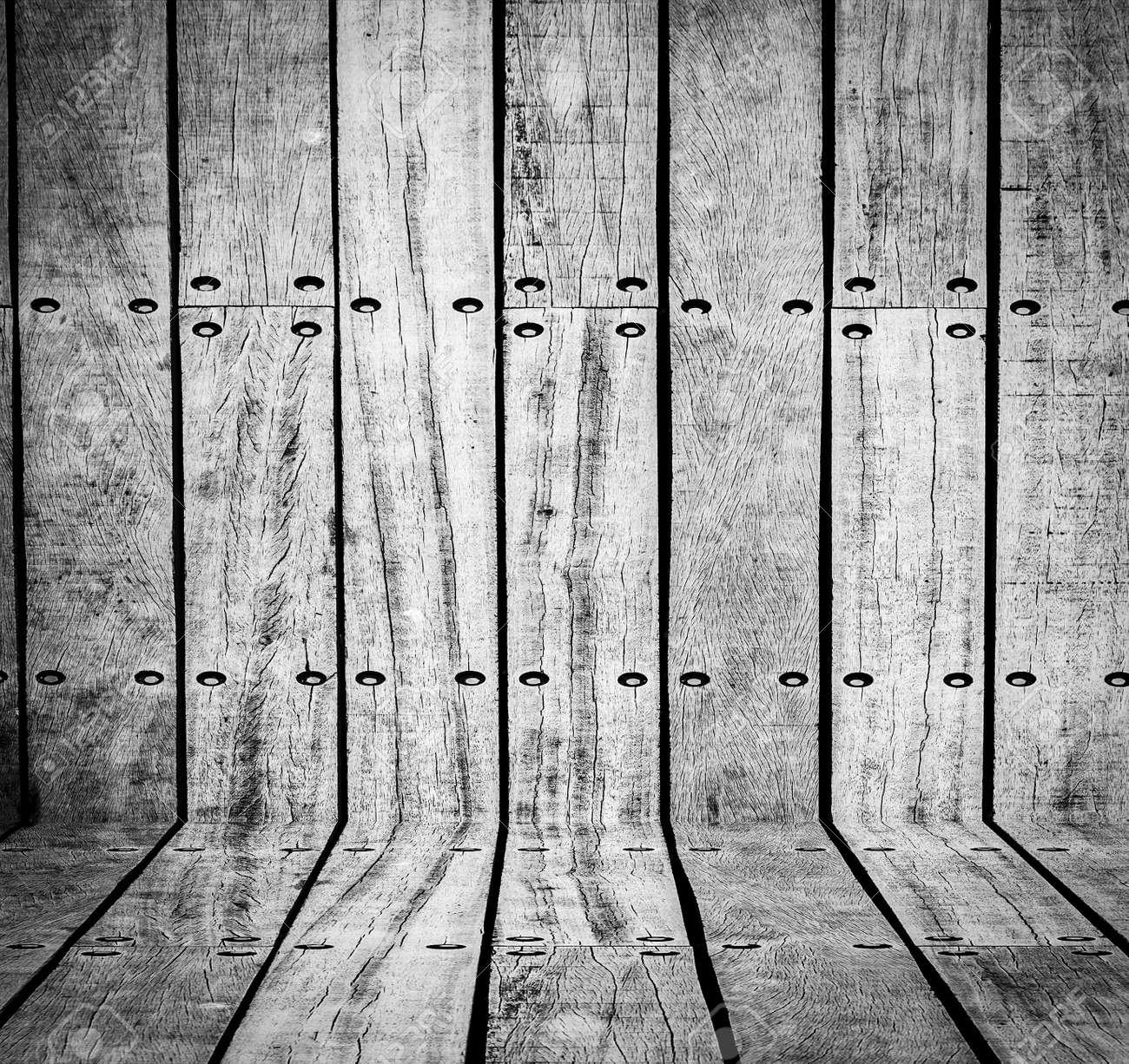 Dark empty wood room Stock Photo - 17120116