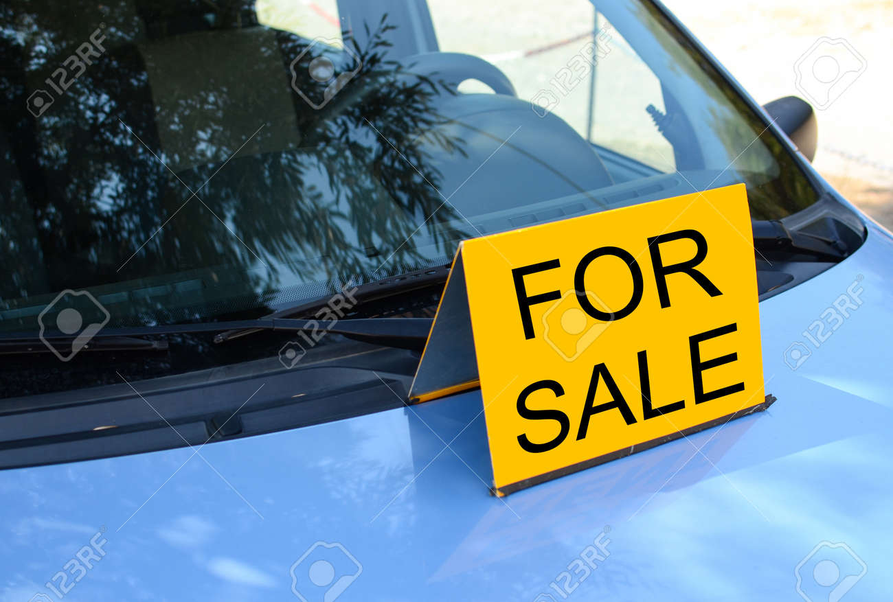 FOR SALE Sign On Car   Sell A Car Concept Stock Photo   20334875  Free For Sale Signs For Cars