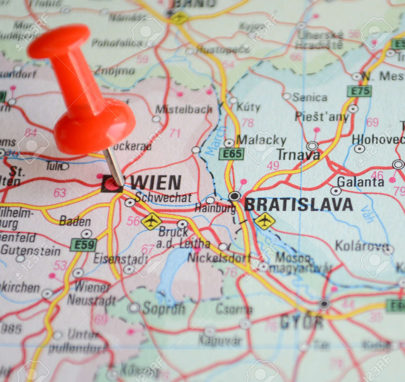 Close Up Of Wien Map With Red Pin Travel Concept Photo – Travel Pin Map Online