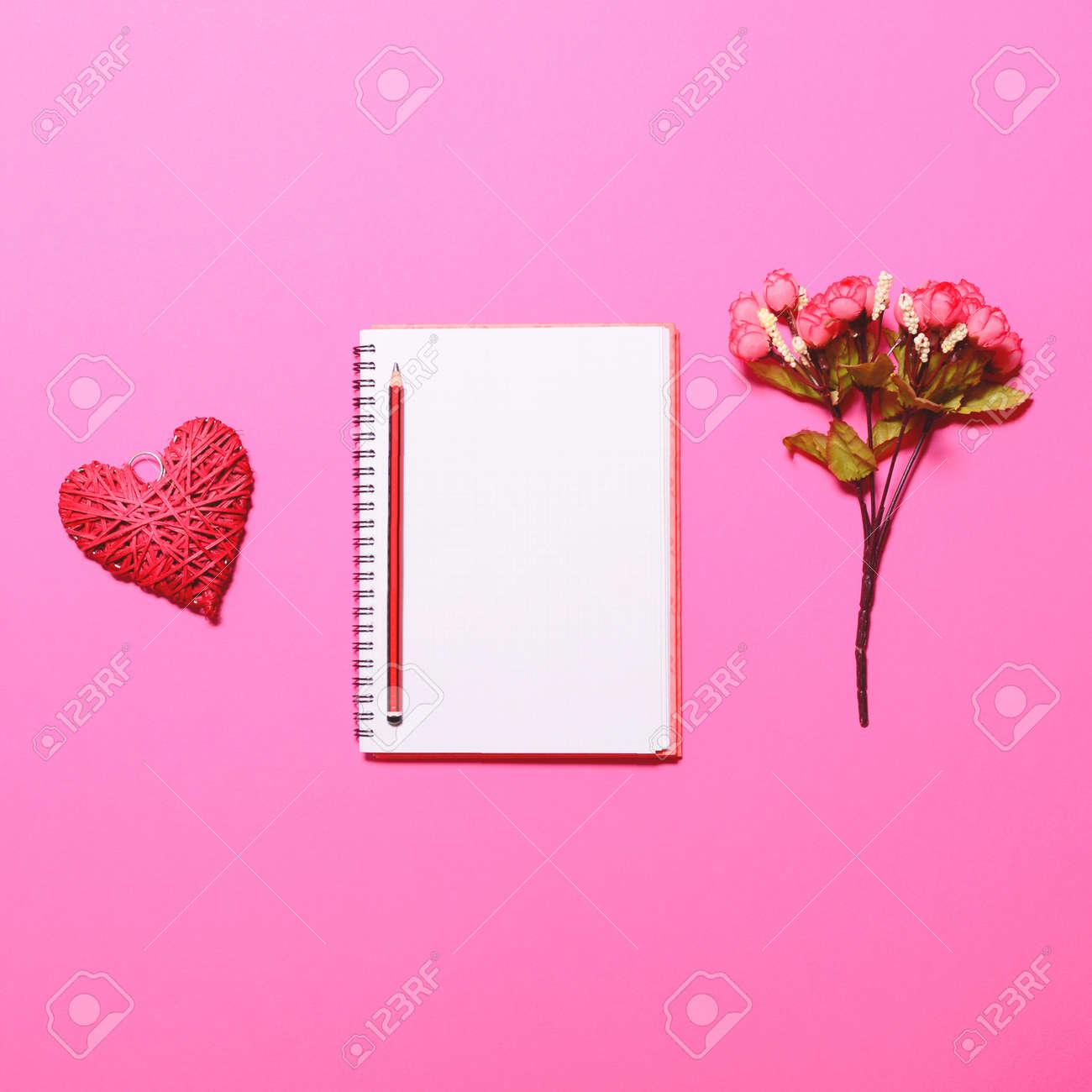 Verfasser Träumen Tabelle - Perfekter Taganfang Mit Notizbuch Und ...