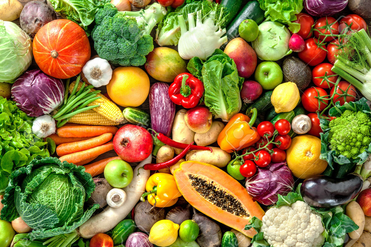 Assortment of fresh fruits and vegetables - 61925602