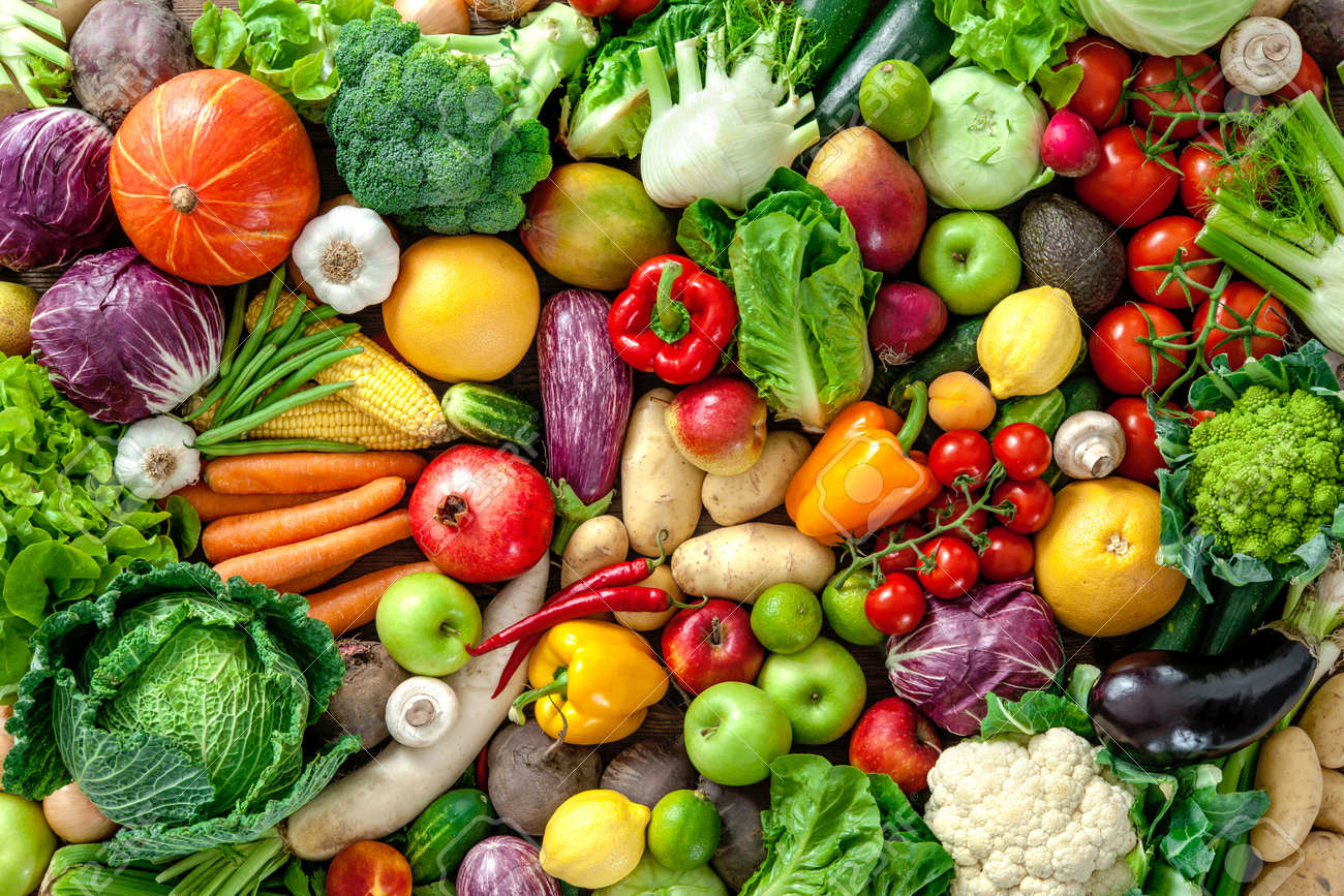 Assortment of fresh fruits and vegetables - 61927140