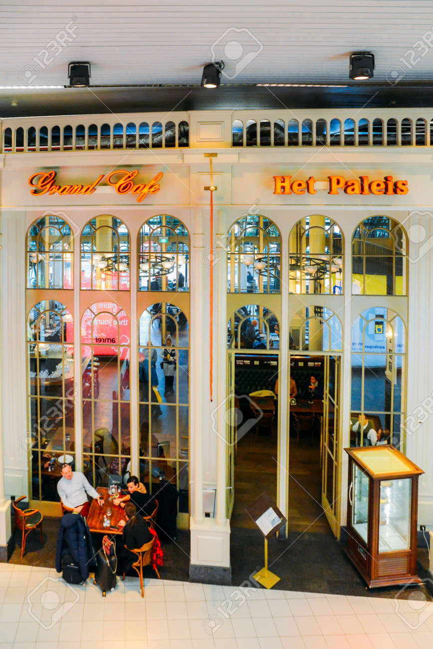 Cafe Het Paleis.Het Paleis Grand Cafe Is A Bar And Cafe At Amsterdam Schiphol