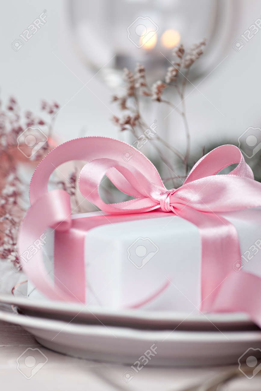 Romantic Table Setting Stock Photo, Picture And Royalty Free Image ...