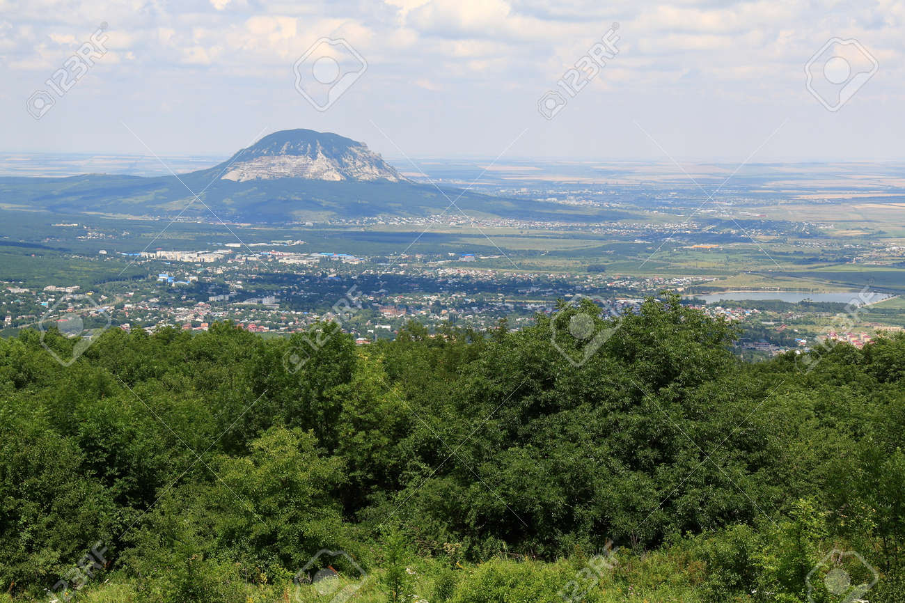 Where is Mount Mashuk