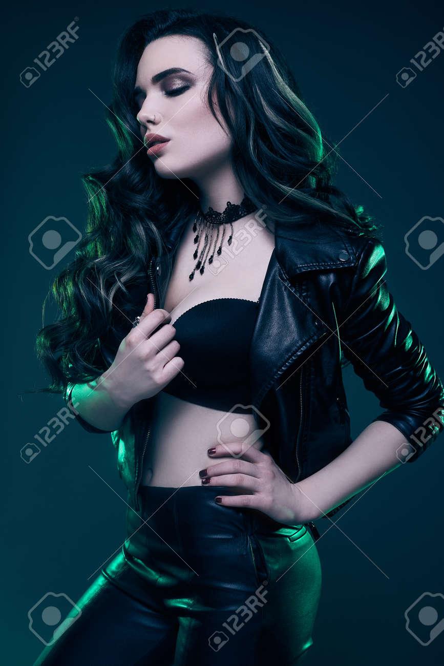 Hot Korean Girl Sexy Dance