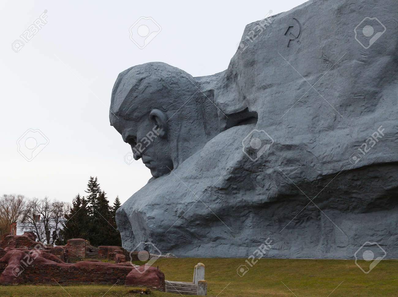 The monument to Soviet soldiers in Brest fortress Belarus Stock Photo - 17436637