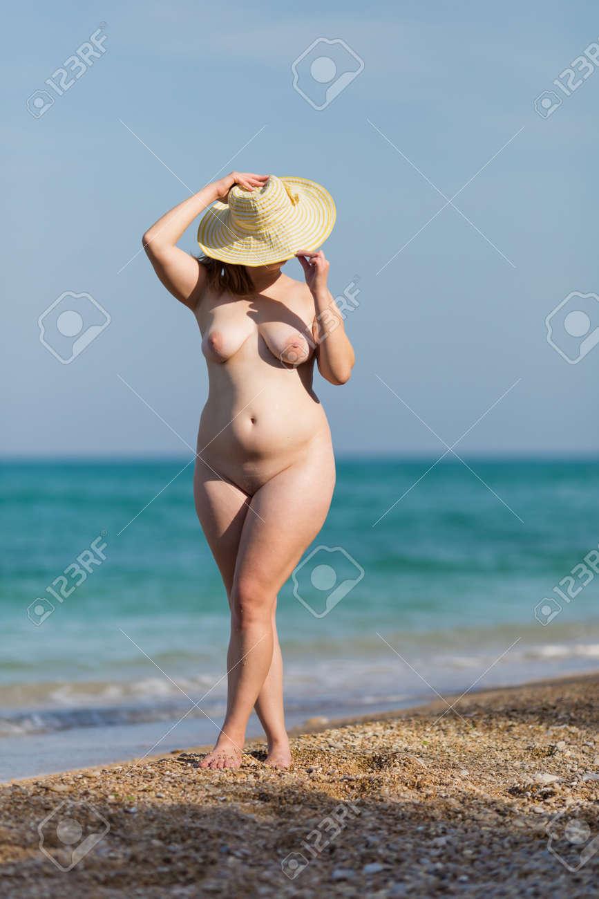 Nackte Alte Frauen Am Strand