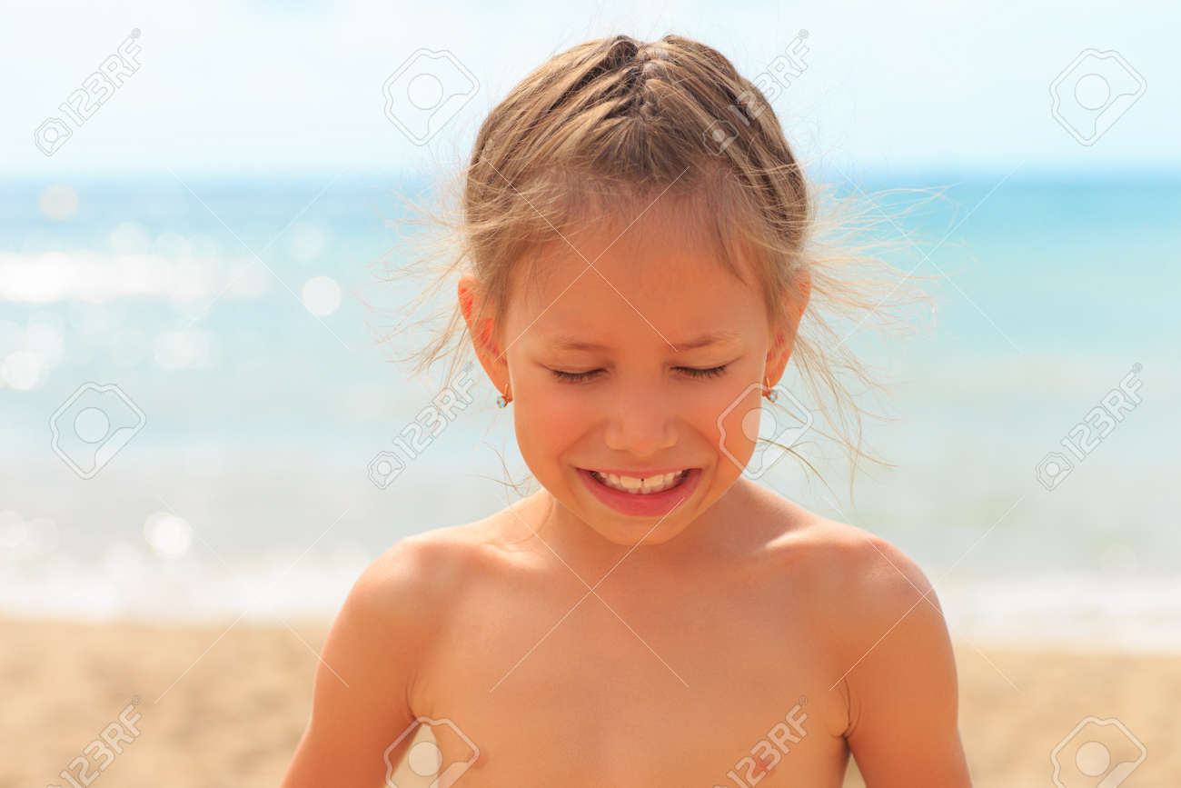 Young naked girls kids