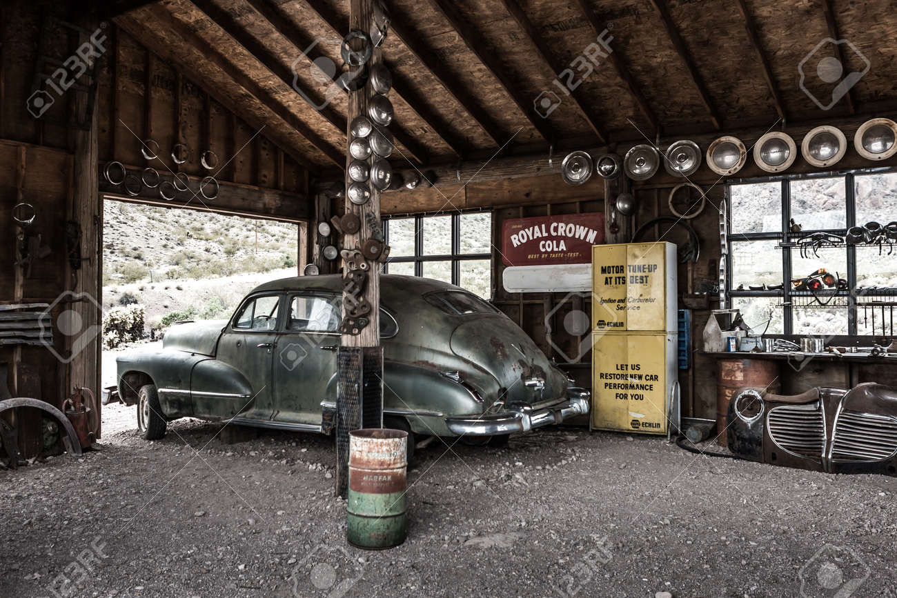 NELSON , USA - JUNE 10 : Rusty Old Vintage Car In Abandoned Mechanic ...