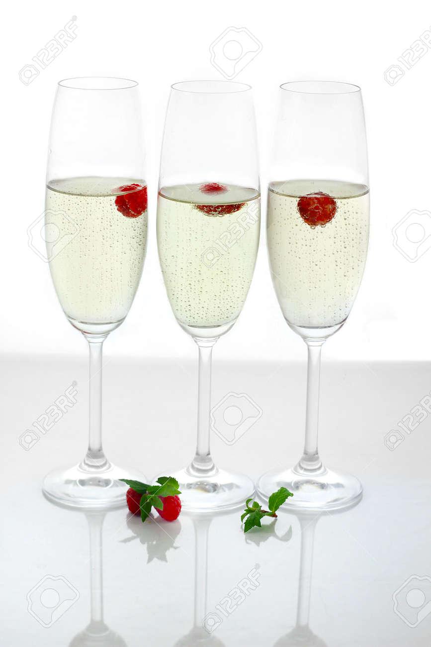 champagne in glasses Stock Photo - 16294368