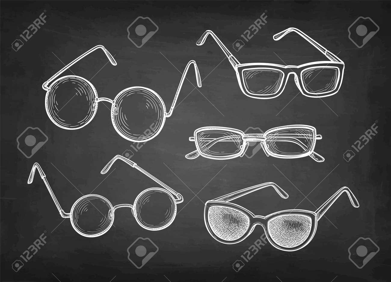 Chalk sketch set of eyeglasses. - 171667115