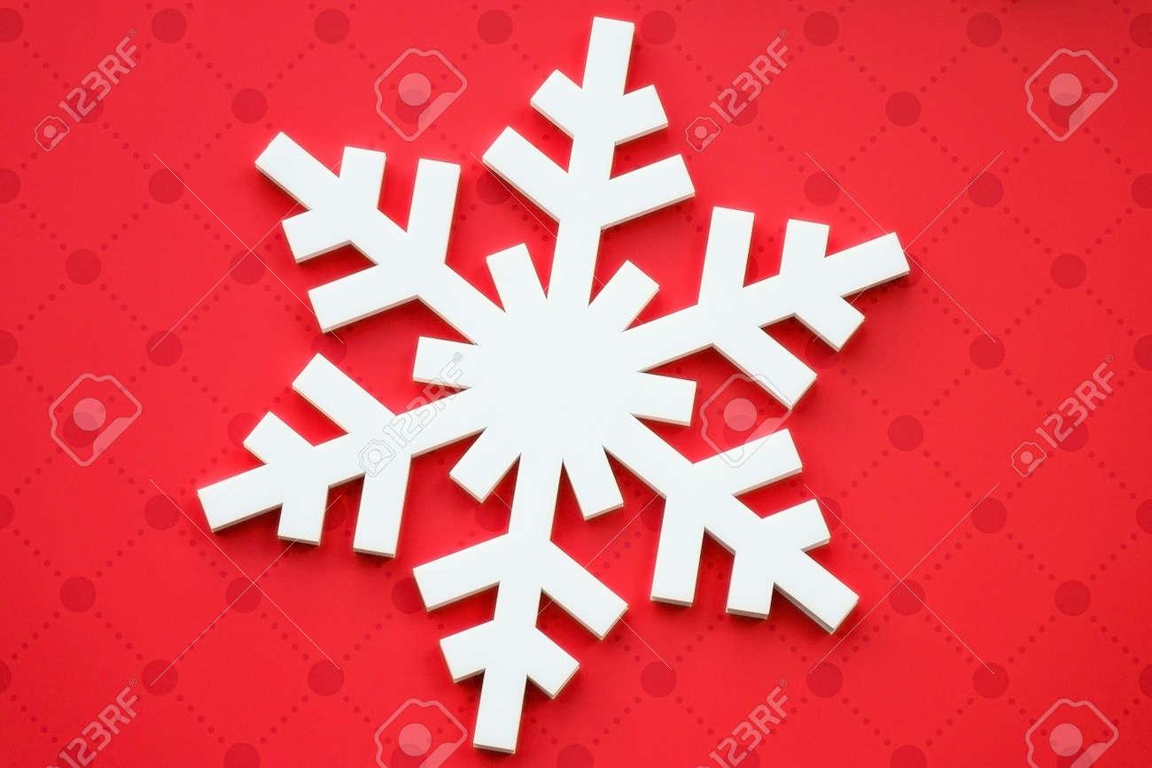 Decorazioni Natalizie Fiocchi Di Neve.Immagini Stock Decorazioni Natalizie Con Fiocchi Di Neve Bianchi