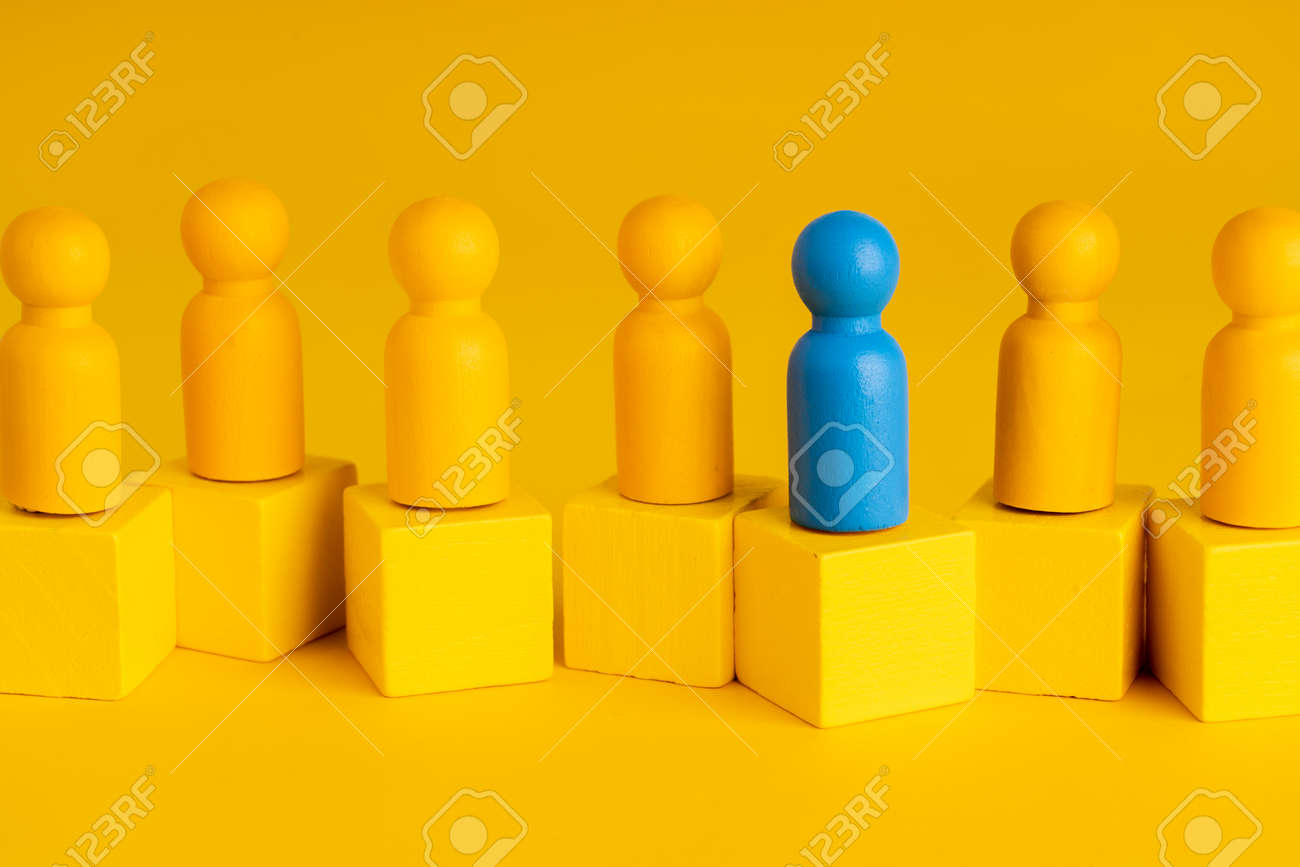Business & HR global wood puzzle concept for leadership and team with peg doll - 144477774
