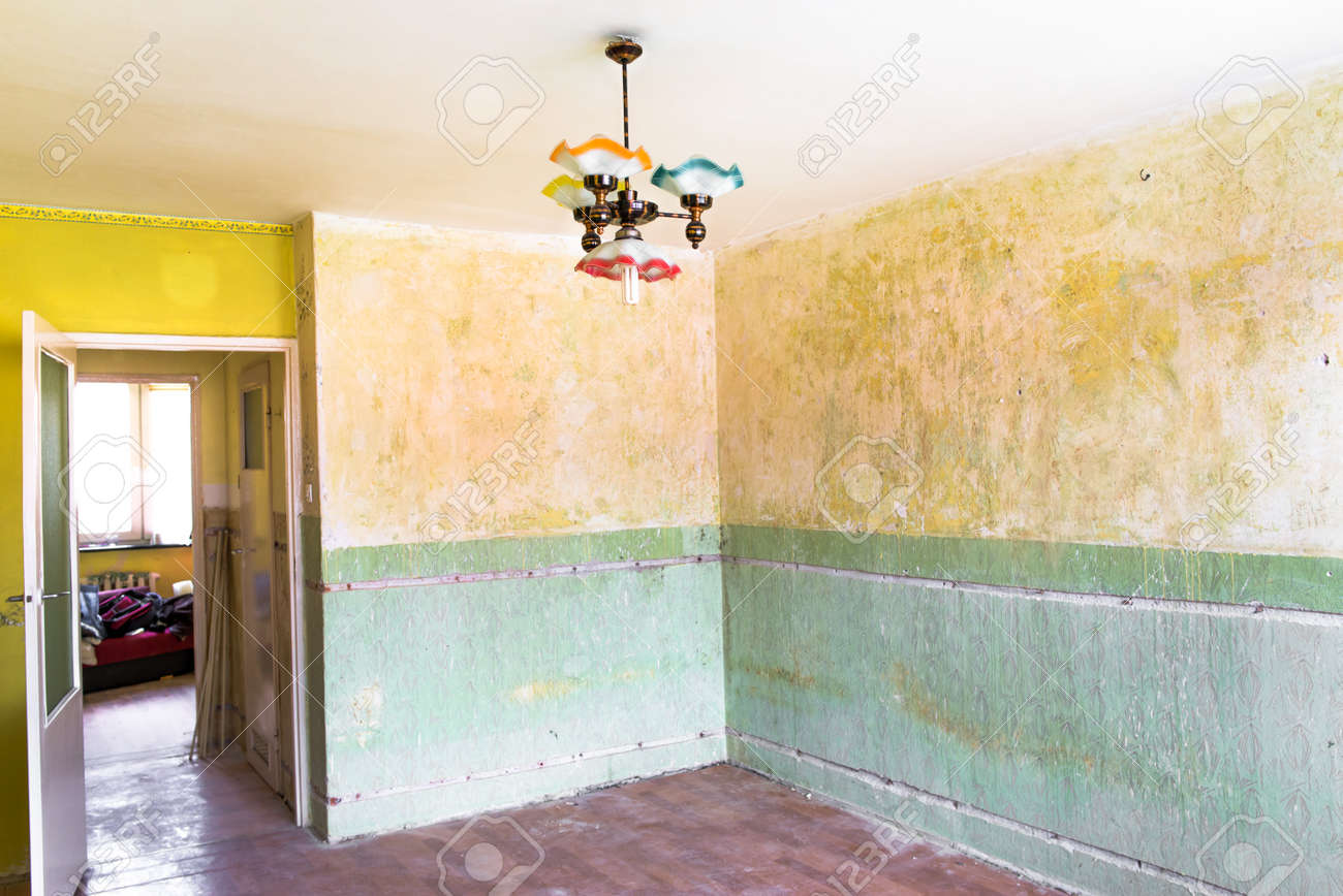 Retro Home Renovation, Interior Walls With Dirty Paint Stock Photo ...