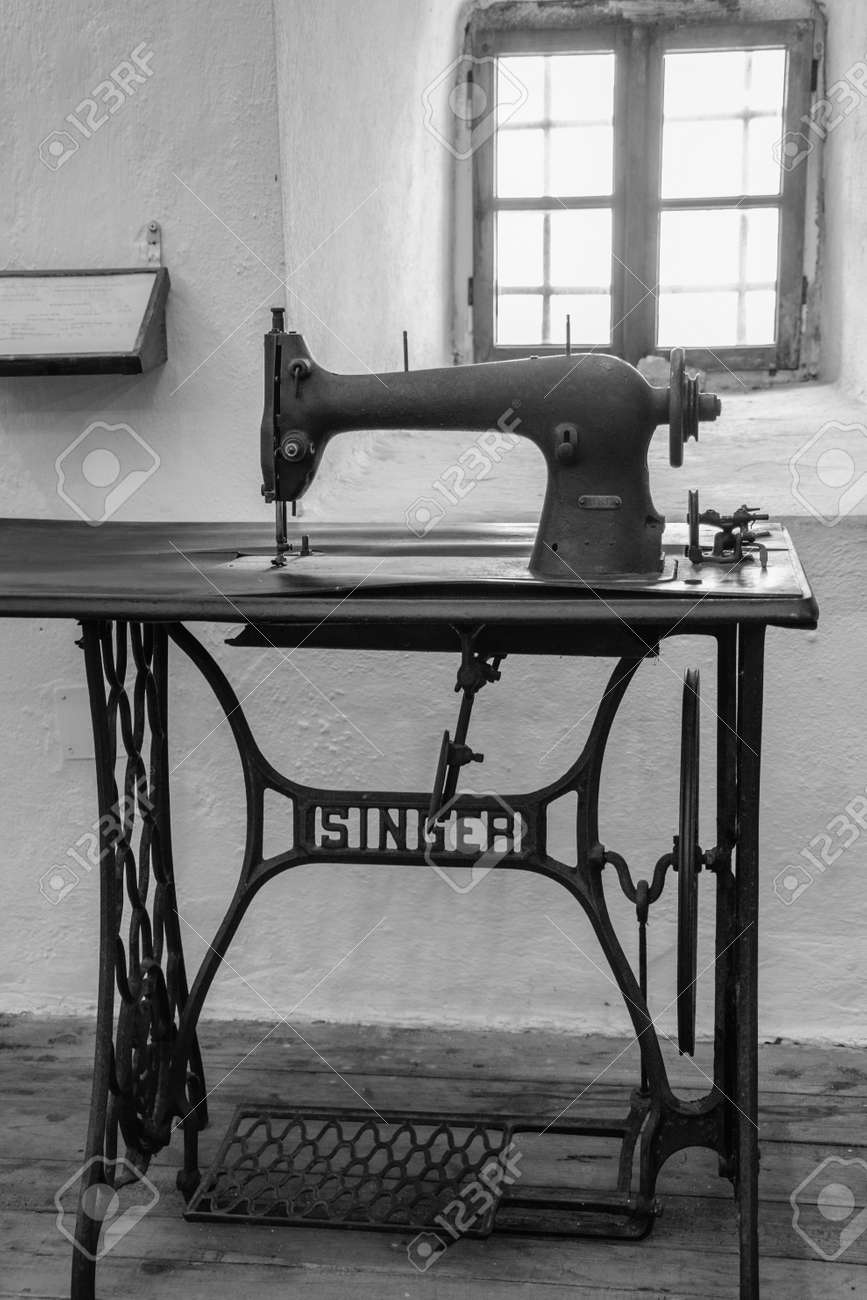 """... """"Singer"""" treadle sewing machine. An antique manual"""