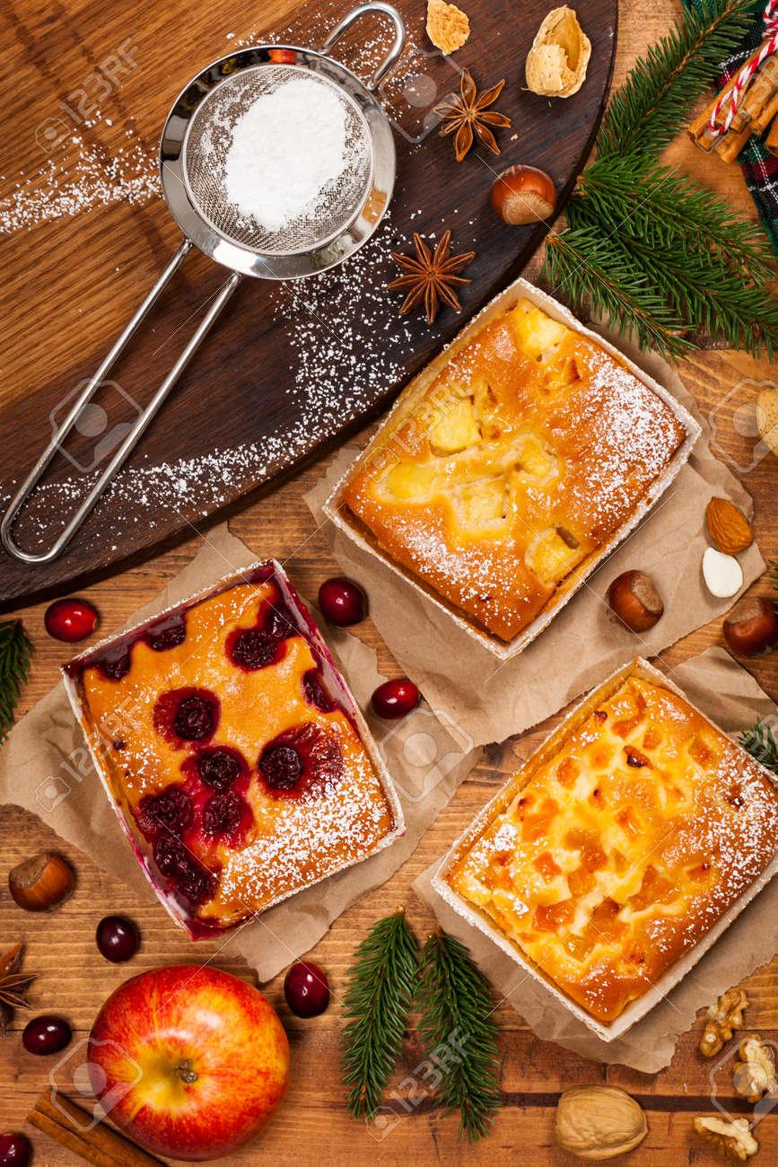 Weihnachtsferien Back Dessert Obst Aprikose Apfel Und Cranberry
