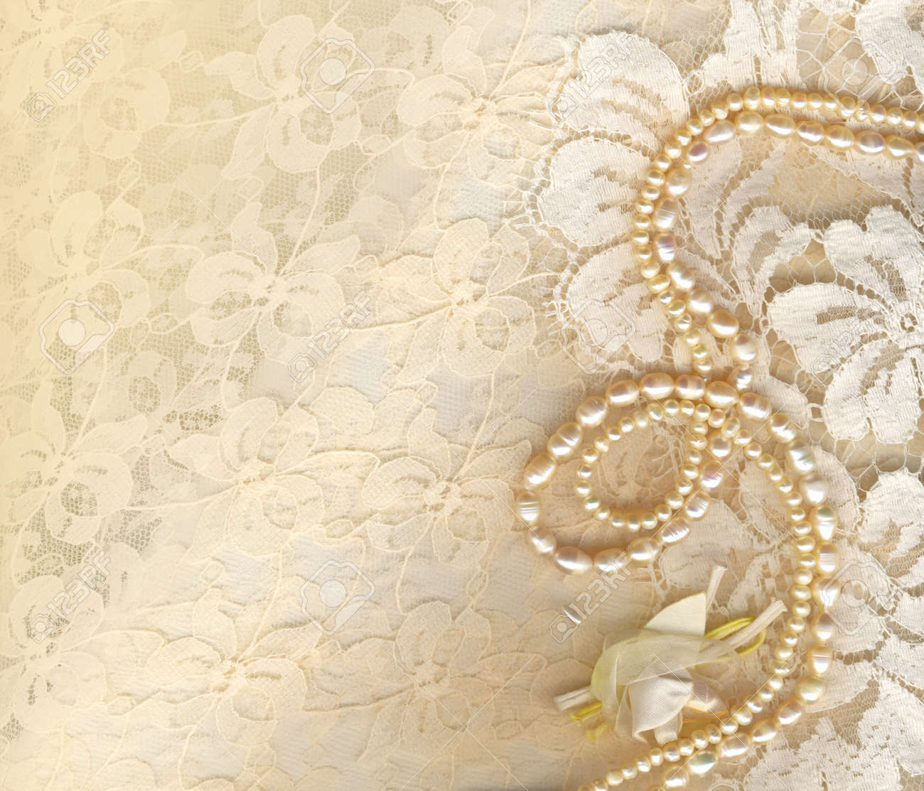 Wallpapers For gt Vintage Lace And Pearls Background