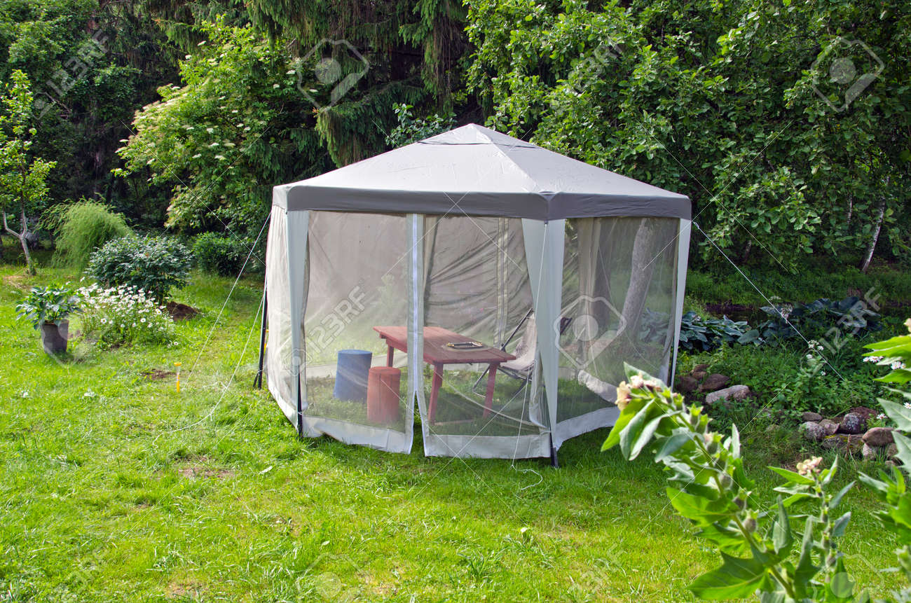 cloth summer tent for mosquito protection net in farm garden