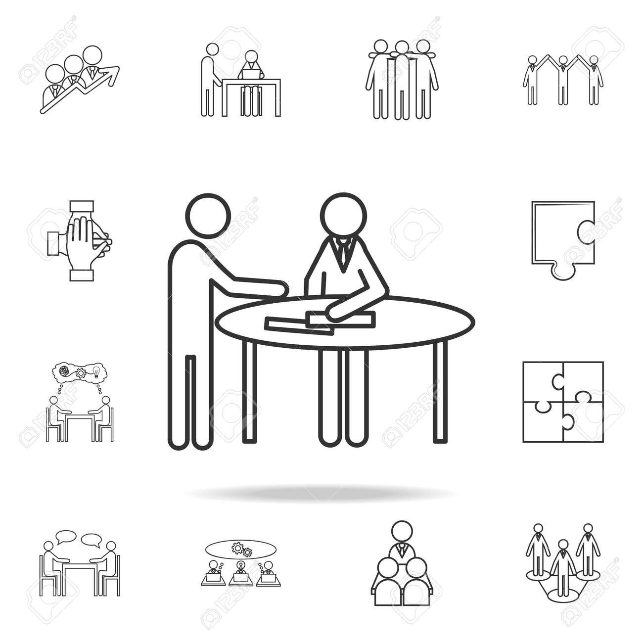 Front Desk Line Icon. Detailed Set Of Team Work Outline Icons. Premium  Quality Graphic