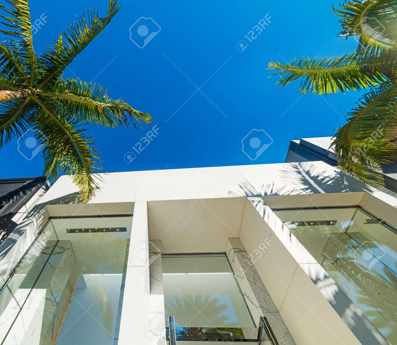 Elegant buildings in Beverly Hills, California - 75213885