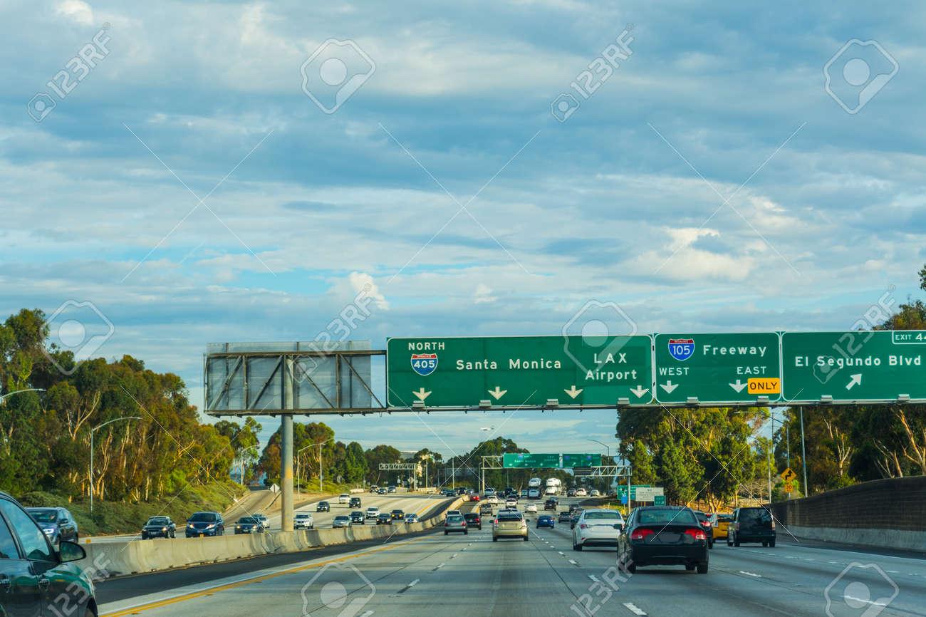 Traffic in 405 freeway northbound, California
