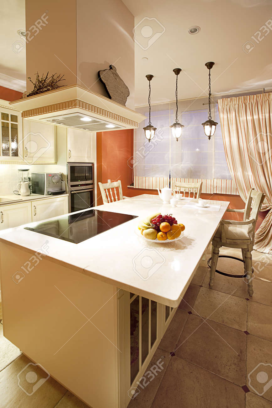 Interior shot of a modern dining room Stock Photo - 12924417